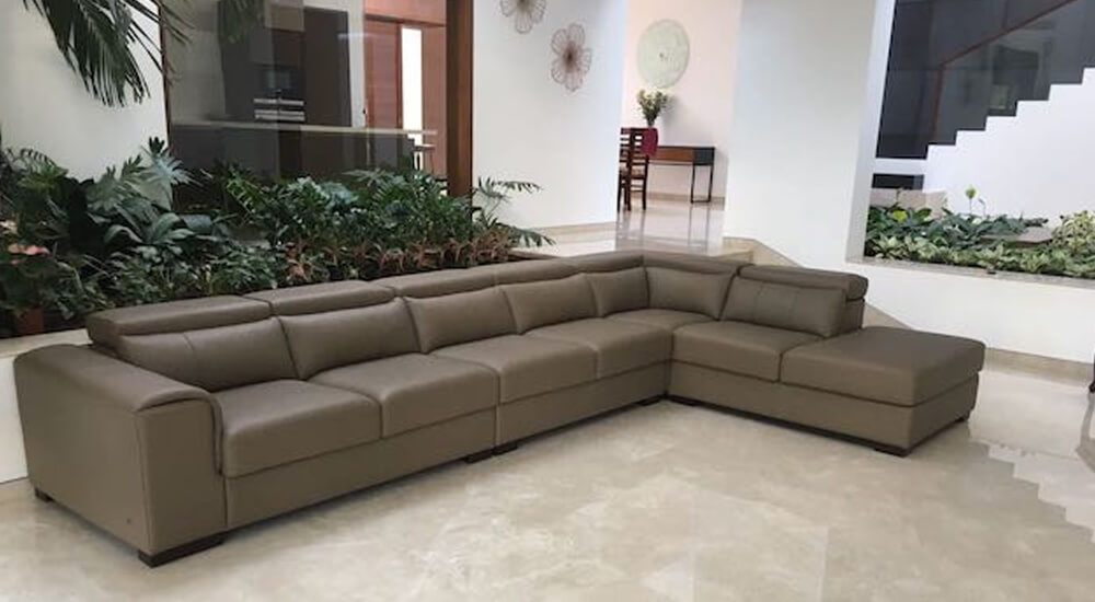Bella Custom Sectional